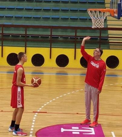 reg-seminar-treneri-Vukovar-Mrsic-igrac-768x512